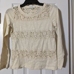 2/$10 Beige lace top. Size petite small.